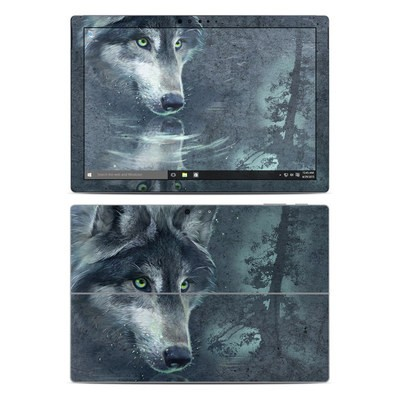 Microsoft Surface Pro 4 Skin - Wolf Reflection