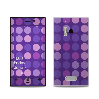 Nokia Lumia 928 Skin - Big Dots Purple