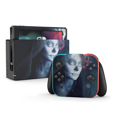 Nintendo Switch Skin - Maiden of Darkness