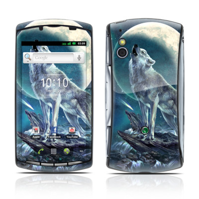 Sony Ericsson Xperia Play Skin - Howling Moon Soloist