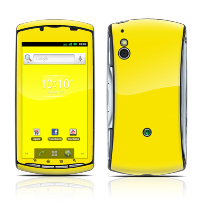 Sony Ericsson Xperia Play Skin - Solid State Yellow