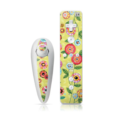 Wii Nunchuk Skin - Button Flowers