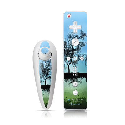 Wii Nunchuk Skin - Flying Tree Blue