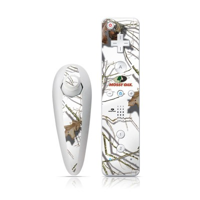 Wii Nunchuk Skin - Break-Up Lifestyles Snow Drift